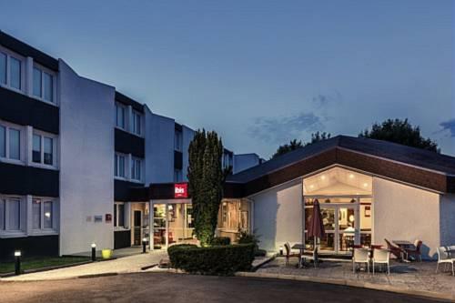ibis Compiegne : Hotel near Retheuil