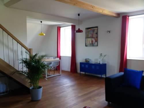 Le Picasso, Duplex, Beaujolais : Apartment near Arnas