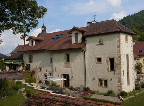 Le Manoir : Bed and Breakfast near Chênex