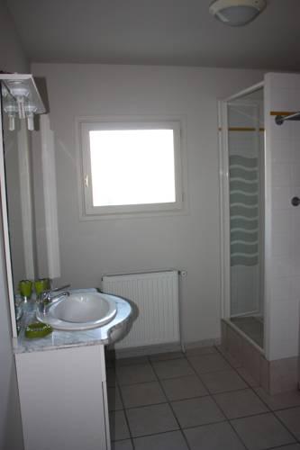 L'Amandier : Apartment near Villebret