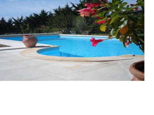 Résidence Brigitte : Guest accommodation near Lagorce