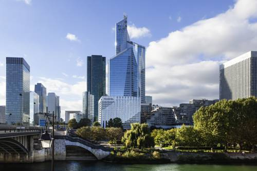 Novotel Paris La Defense : Hotel near Neuilly-sur-Seine