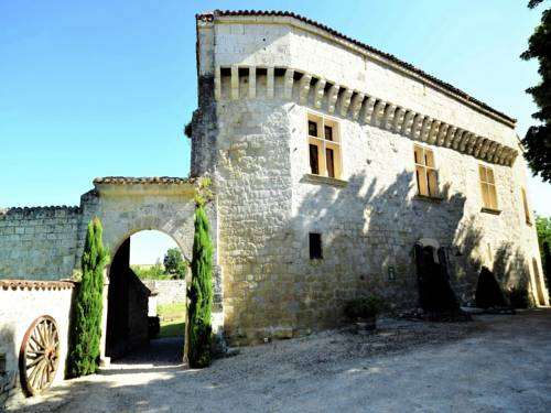 Holiday home Chateau D Agen II : Guest accommodation near Bajamont
