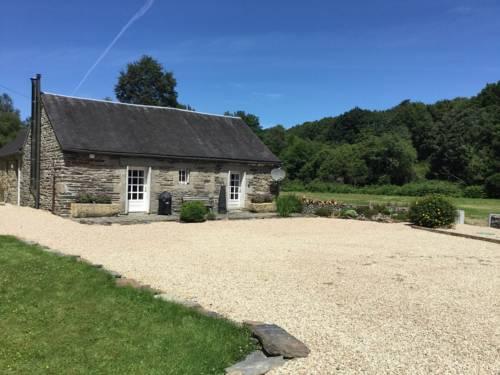 Gite Moulin du Squiriou : Guest accommodation near Berrien