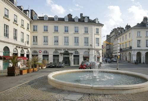 Qualys-Hotel Pau Gramont : Hotel near Pau