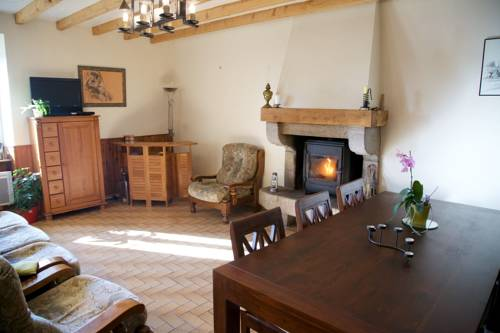 La Petite Chesnee : Guest accommodation near Sacey