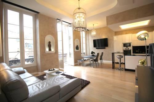Bordeaux Locations - Triangle D'Or : Apartment near Bordeaux