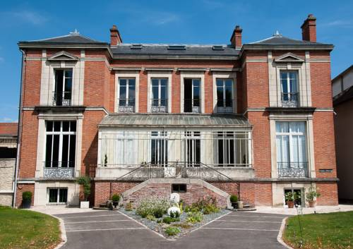 Maison M Troyes : Bed and Breakfast near Troyes