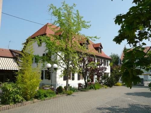 Au Lion Rouge : Hotel near Rosenau