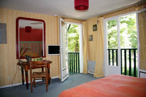 Chambres d'hotes Les Hibiscus : Bed and Breakfast near Herblay