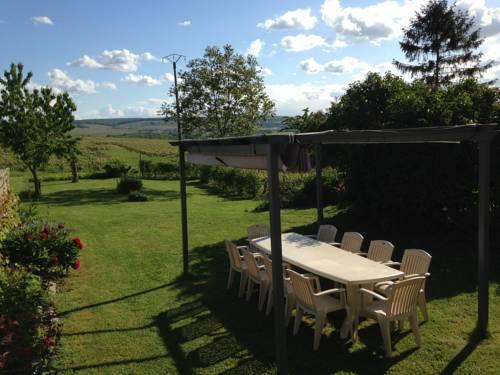Gite la Delouviere : Guest accommodation near Villers-Agron-Aiguizy