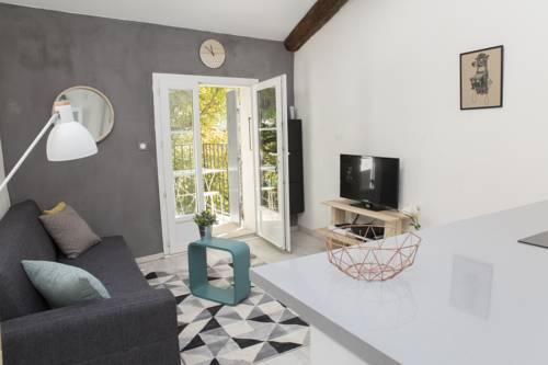 Appartement Clos du Marronnier : Apartment near Aix-en-Provence