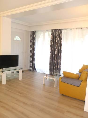 Tourelle : Apartment near Gagny