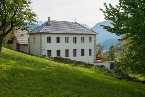 Maison Cimarron : Bed and Breakfast near Châteauroux-les-Alpes