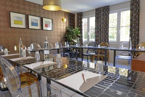 Best Western Les Beaux Arts : Hotel near Retheuil