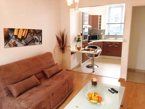 APPART'HOTEL61 : Guest accommodation near Saint-Georges-des-Groseillers