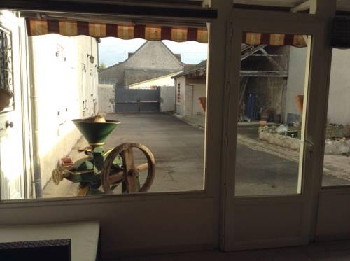 Gagnant : Guest accommodation near Saint-Claude-de-Diray