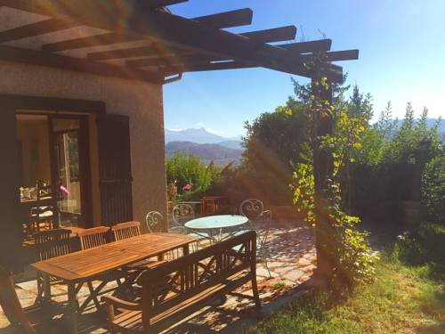 Villa à Gap : Guest accommodation near Manteyer
