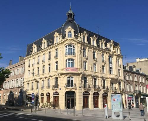Le Carlton : Hotel near Amiens