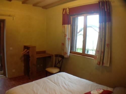 Chambre d'hôtes de Paille et d'Argile : Bed and Breakfast near Auboncourt-Vauzelles