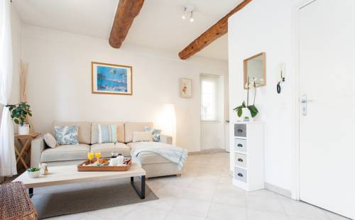 Pimms Apartment : Apartment near Antibes
