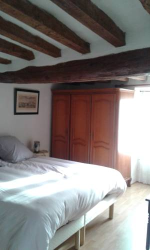 Chez Angélina : Guest accommodation near Menouville