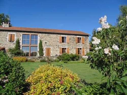 Les Fermes du Château : Hotel near Haute-Loire