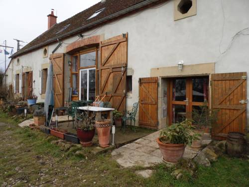 Le Champ Bouchon - Chambres d'hôtes : Bed and Breakfast near Chemilly