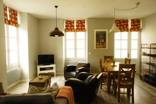 La Maison Anglaise : Apartment near Soulaures