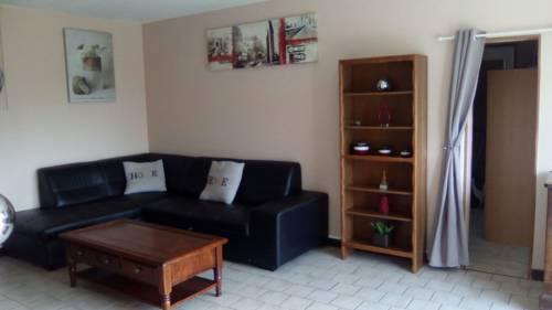 Marielu : Guest accommodation near Chasnay