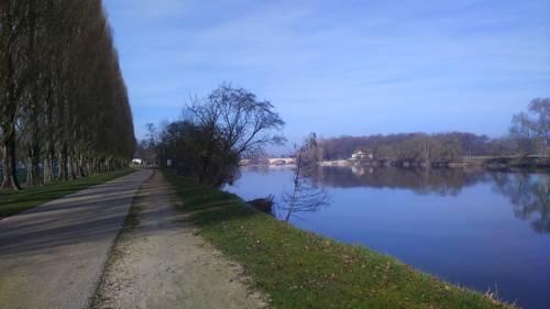 L'écume du Cher : Bed and Breakfast near Saint-Martin-le-Beau