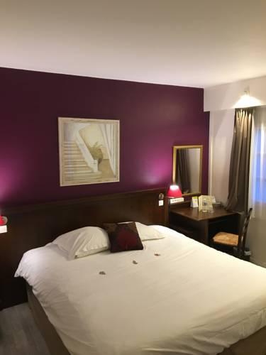Hôtel Les Nymphéas : Hotel near Bréval