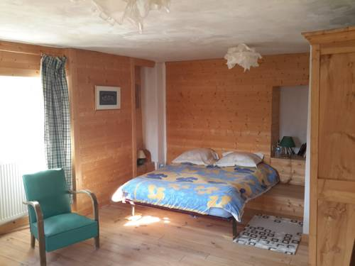 Casa Arnera : Bed and Breakfast near Escragnolles