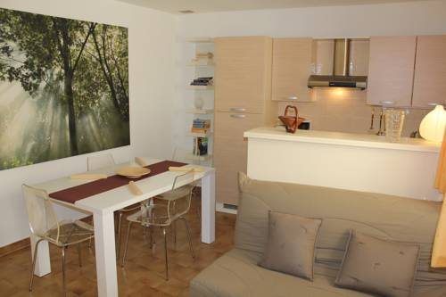 Renoncule : Apartment near Le Mas