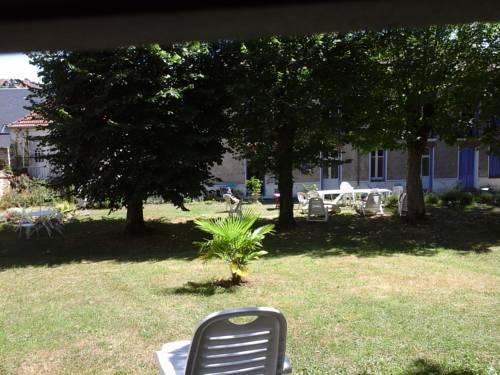 Résidence De La Source : Apartment near Colombier