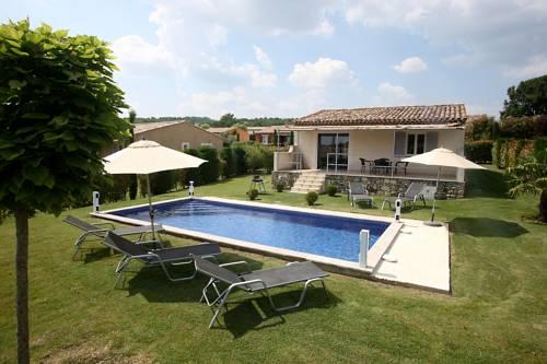 Les Restanques De Beaudine : Guest accommodation near Mane