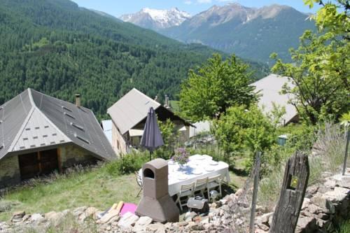L'Adret des Orres : Bed and Breakfast near Les Orres