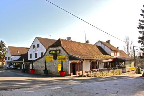 Hotel La Grotte : Hotel near Flacey-en-Bresse