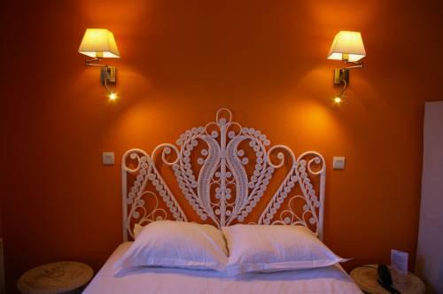 Queen Serenity Hotel : Hotel near Ille-et-Vilaine