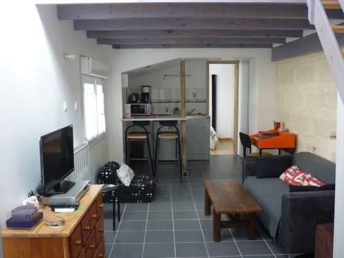 Apartment Gwendoline : Apartment near Nazelles-Négron