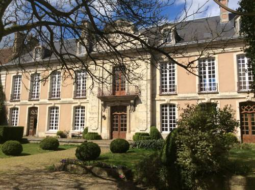 Hotel des Tailles : Bed and Breakfast near Mortagne-au-Perche