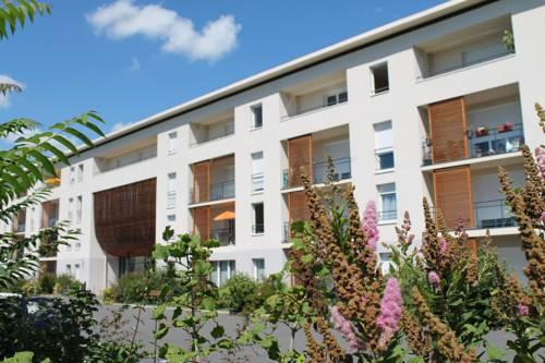Domitys Les Rives du Cher : Guest accommodation near Saint-Angel