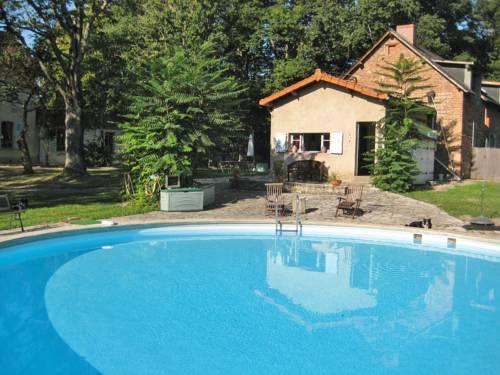 Gîte Vozelle : Guest accommodation near Biozat