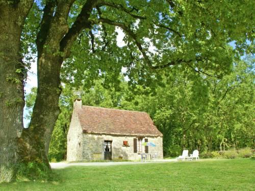 Maison De Vacances - Berbiguières 1 : Guest accommodation near Allas-les-Mines