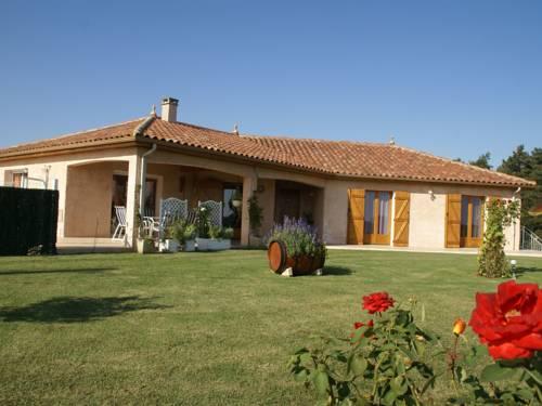Maison De Vacances - Gazax-Et-Baccarisse : Guest accommodation near Armous-et-Cau