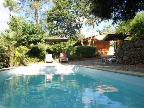 Maison De Vacances - Les Salelles 1 : Guest accommodation near Malarce-sur-la-Thines