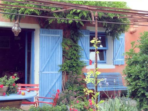 Holiday home Simiane-La-Rotonde : Guest accommodation near Montsalier