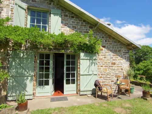 Gite La Forge De Bessous : Guest accommodation near Le Chalard