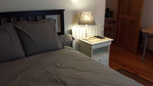 studioclamart : Apartment near Retheuil