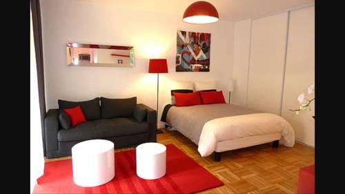 Joli Damazan Studio : Apartment near Caubeyres